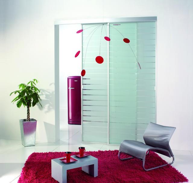 Notranja steklena drsna vrata