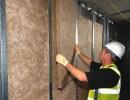Vstavljanje izolacije v predelno steno